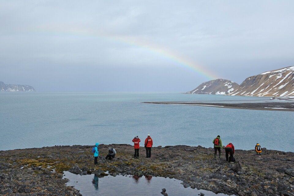Regenbogen sind selten auf Spitzbergen