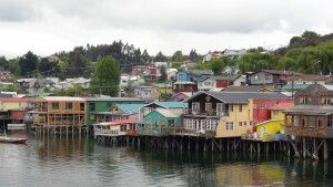 Bunte Palafitos in Castro, Insel Chiloe