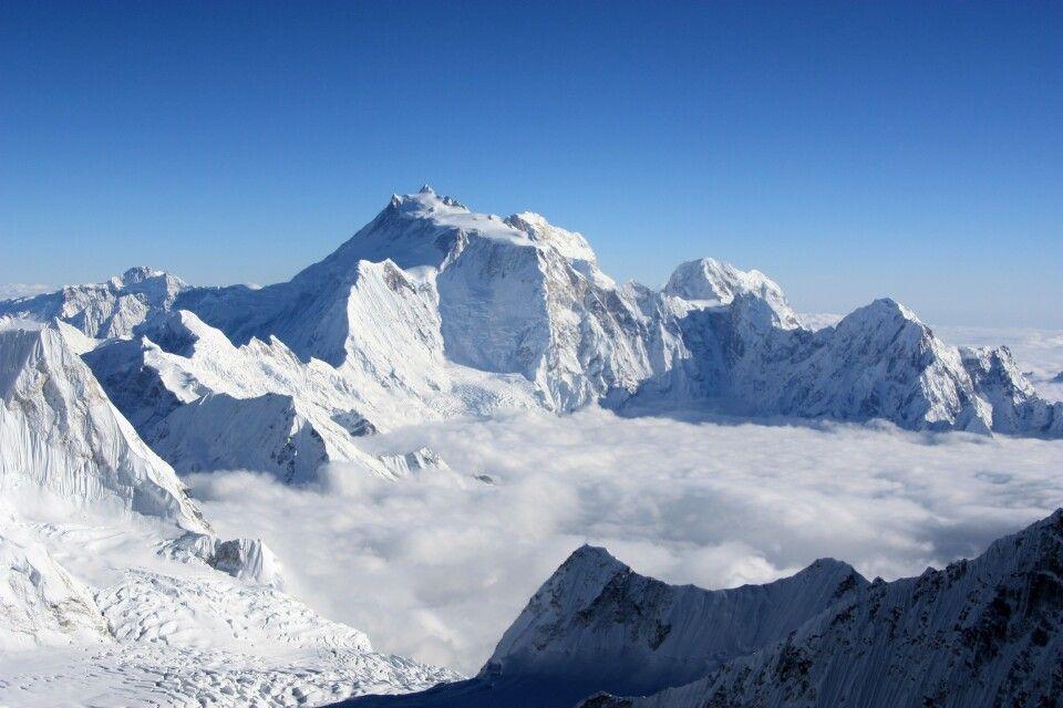 Manaslu (8163 m, Blick vom Himlung)