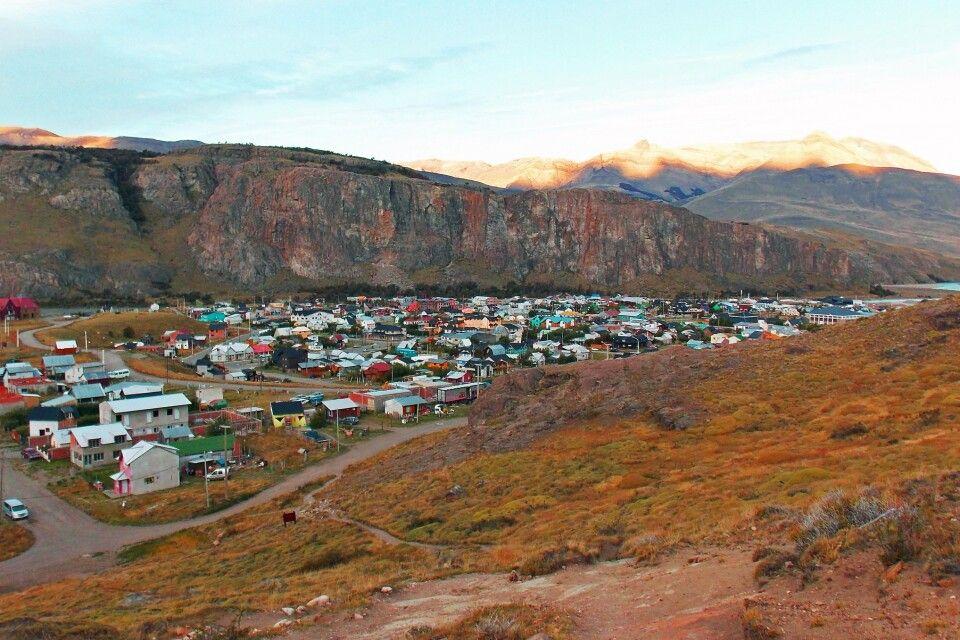 Bergsteiger-Dorf El Chalten, Ausgangspunkt für Wanderungen zum Fitz Roy und Cerro Torre