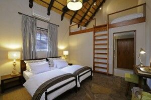 Loftzimmer Onguma Bush Camp