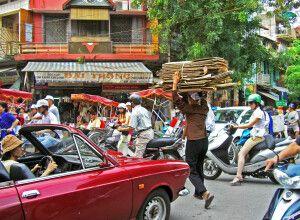 Trubel in den Straßen von Hanoi