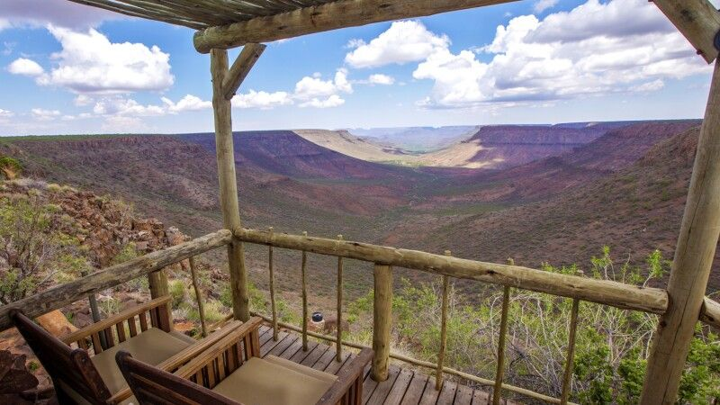 Die Aussicht vom eigenen Balkon genießen © Diamir
