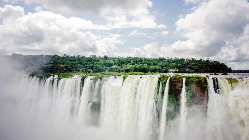Iguazu-Wasserfälle © Diamir