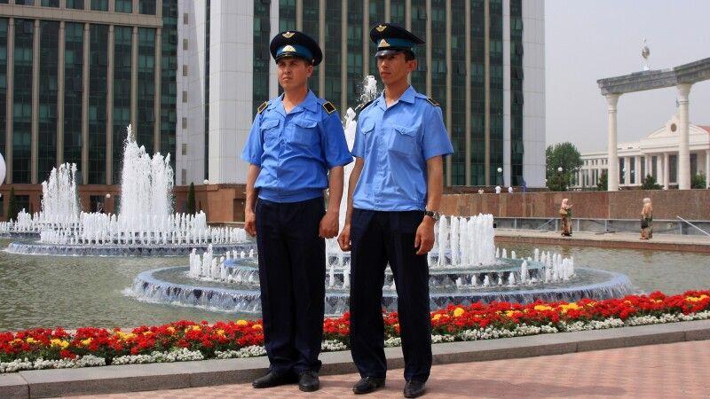 …auf dem Unabhängigkeitsplatz in Taschkent. © Diamir