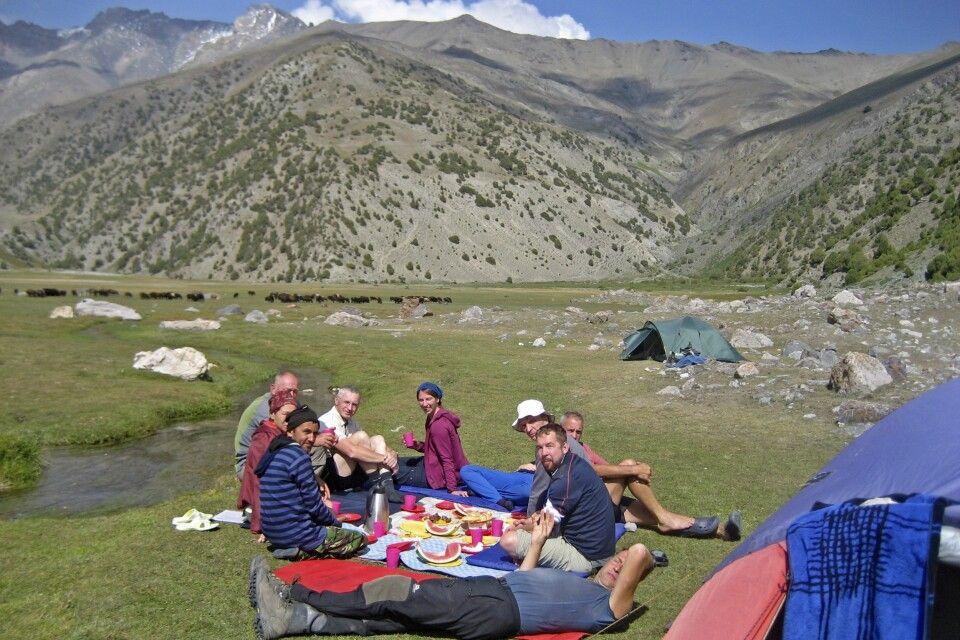 2. Trekkingtag – gemütliches Mittagspicknick in der Sonne