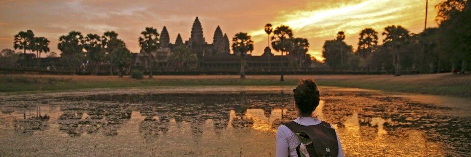 Sonnenaufgang vor dem Haupttempel von Angkor Wat