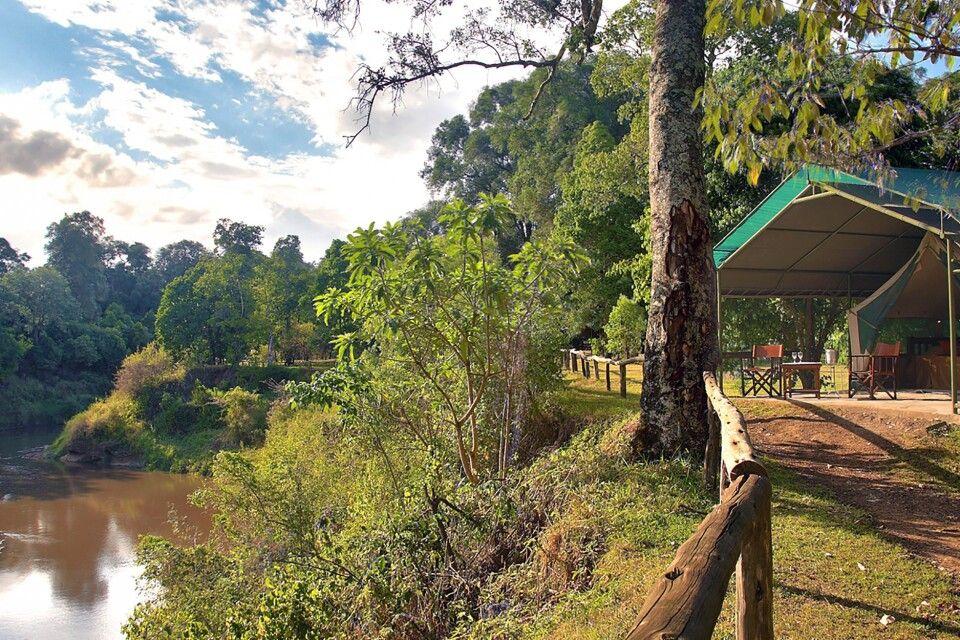 Governors Camp und der Mara River