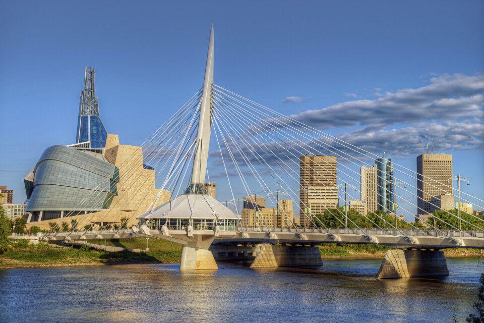 Die Skyline Winnipegs mit dem neu eröffneten Museum