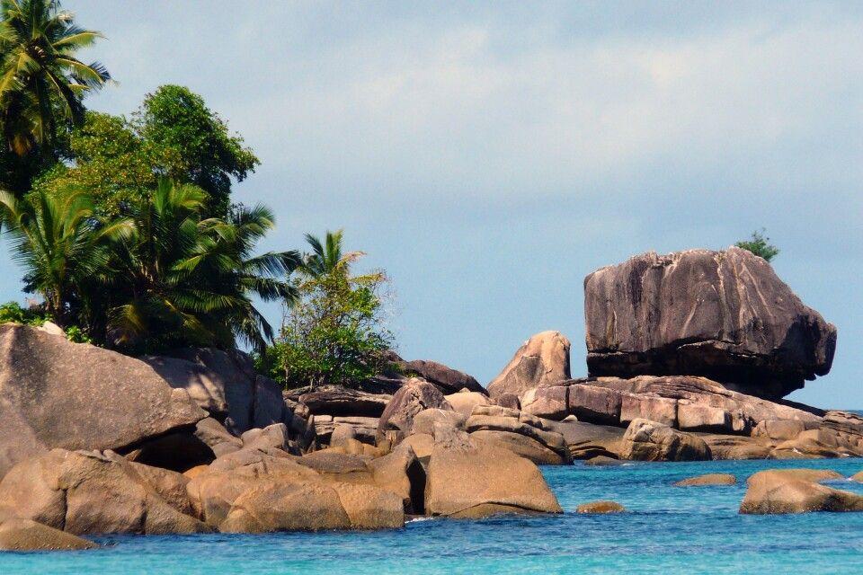 Die schöne Bucht von der Insel Mahe