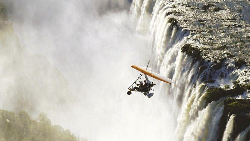 Flug über die Victoriafälle © Diamir
