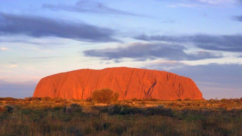 Uluru (Ayers Rock) am Abend © Diamir