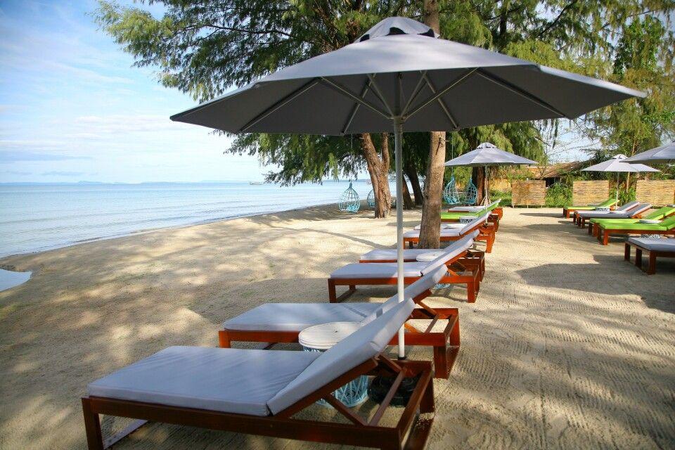 The Naia Resort – Strandliegen – Strand