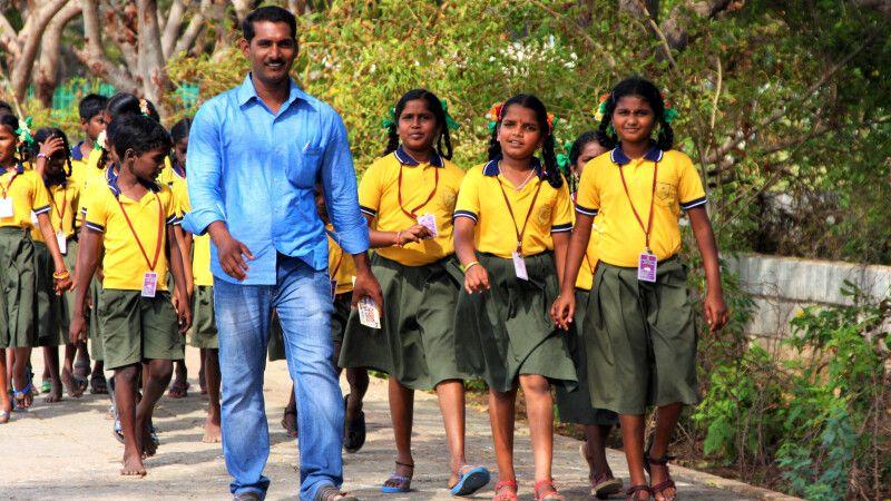 Mahabalipuram Schulklasse © Diamir