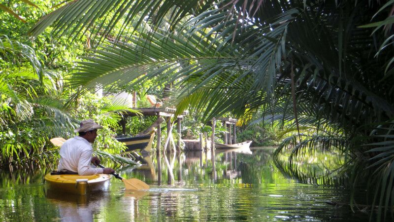 Kayakfahren bei Kampot © Diamir