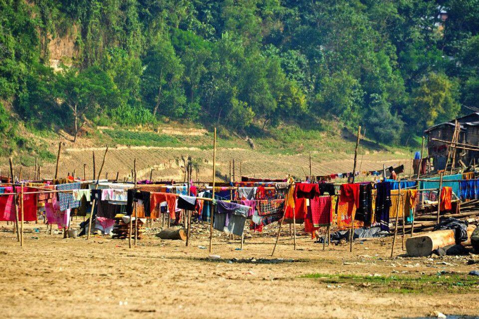 Indigene Dorfgemeinschaft bei Banderban