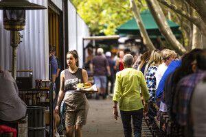 Promenade in Melbourne