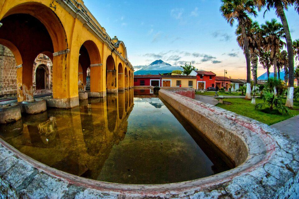 Malerische Altstadt von Antigua (UNESCO)
