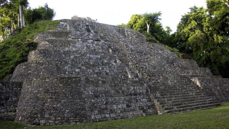 Maya-Ruine von Yaxha © Diamir