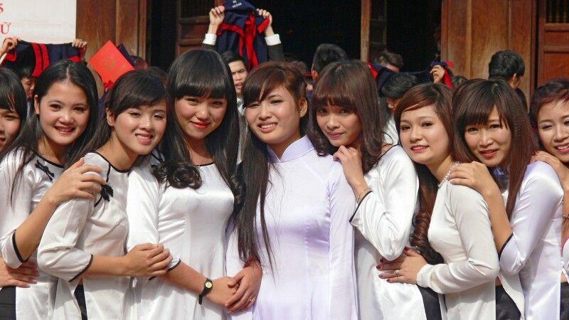 Abschlussfeier im Literaturtempel in Hanoi © Diamir