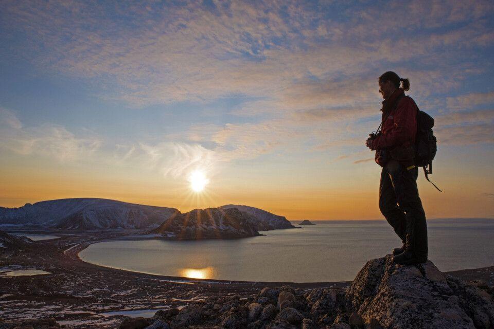Anlandung kurz vor Sonnenuntergang