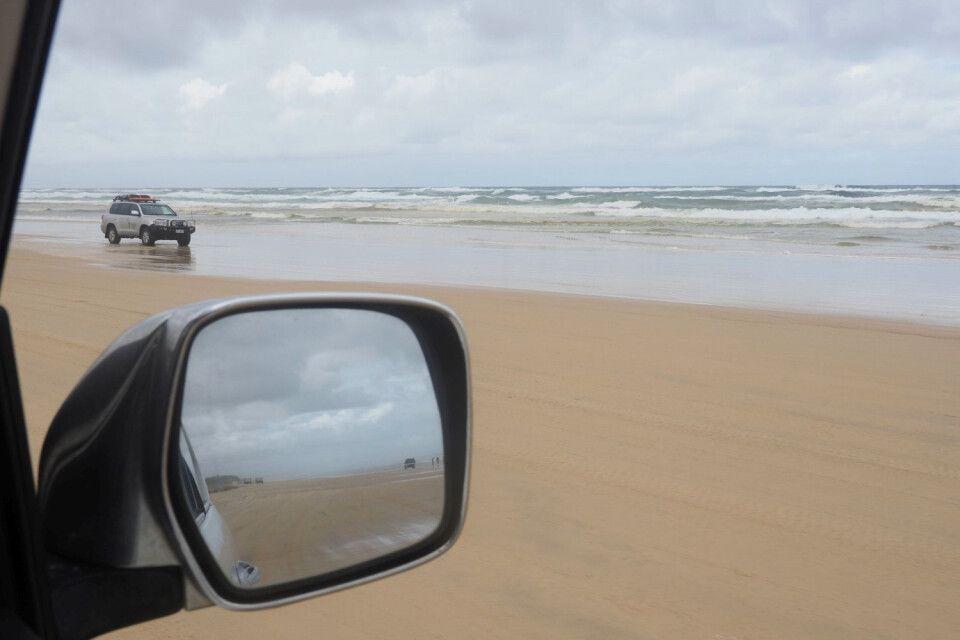 Fraser Island – Fahren am Strand, die Gelegenheit mal selbst einen Allrad auf Herz und Nieren zu prüfen, wirklich tolles Erlebnis!