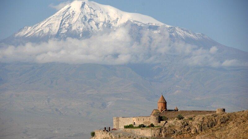 Chor Virap mit Ararat © Diamir