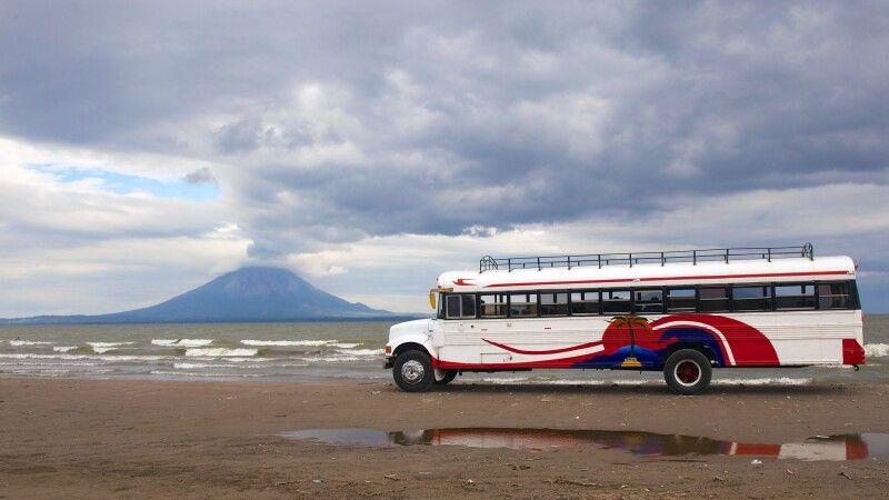 Am Nicaraguasee: Blick auf den Vulkan Concepcion auf der Insel Ometepe © Diamir