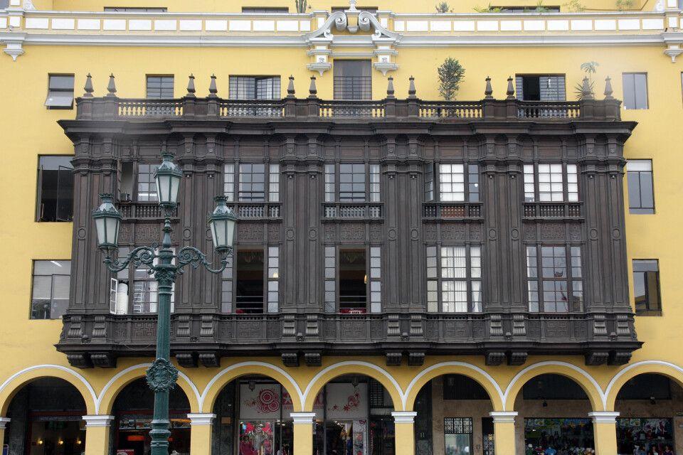 Historischer Balkon in Limas Altstadt